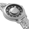zegarek damski na bransolecie z czarną tarczą