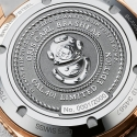 Grawerowany dekiel limitowanego zegarka Oris