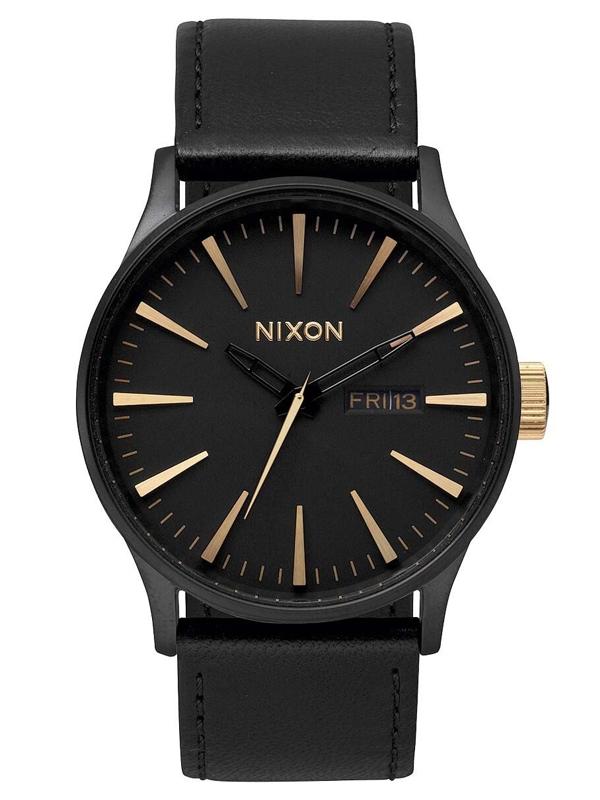 A105_2041 NIXON Sentry Leather Matte Black Gold