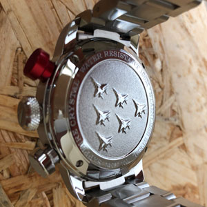 dekiel szwajcarskiego zegarka Aviator