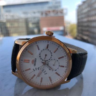 zegarek kwarcowy na pasku marki orient