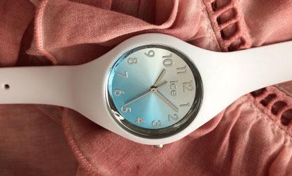 Zegarki Ice Watch – dlaczego to najlepszy sprzymierzeniec lata?